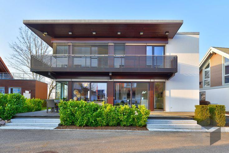 16 best house h use casas images on pinterest homes modern homes and arquitetura. Black Bedroom Furniture Sets. Home Design Ideas