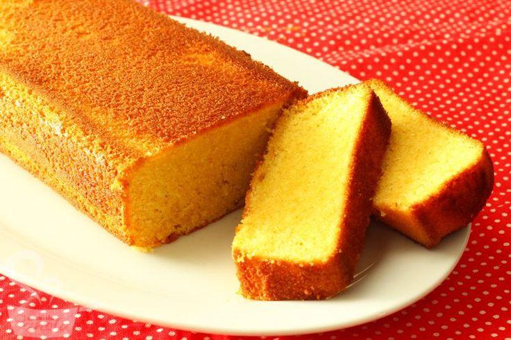 esse bolo de fubá com leite de coco, além de delicioso, é super fácil de fazer!