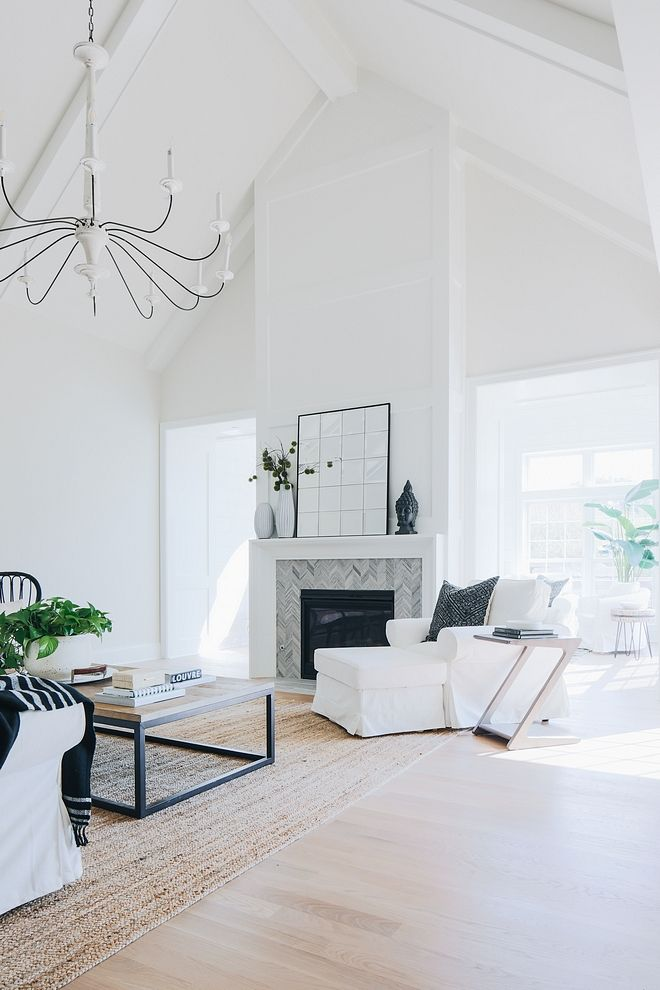 Vaulted Ceiling Fireplace Centered Fireplace In A Room With Vaulted Ceiling High Ceiling Living Room Vaulted Ceiling Living Room Cathedral Ceiling Living Room