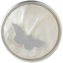 butterfly - Wereldwijd staat de vlinder symbool voor schoonheid en het aanbreken van een nieuwe periode.