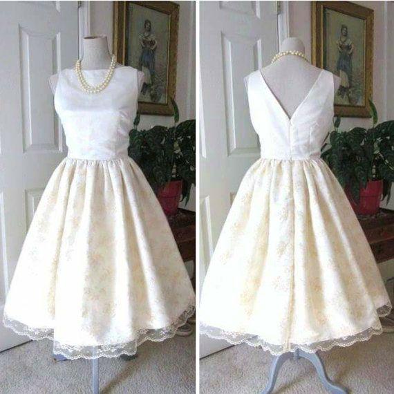 25 Beste Ideeen Over 1960s Style Wedding Dresses Op Pinterest