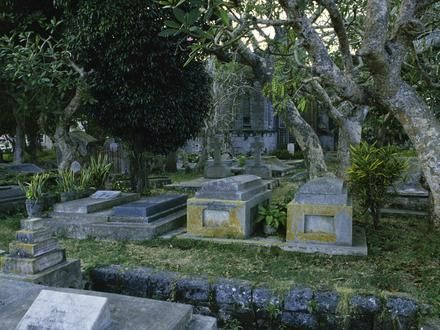 Cemeteries are tourist attractions in  #New_Orleans, LA ~ http://VIPsAccess.com/luxury-hotels-new-orleans.html