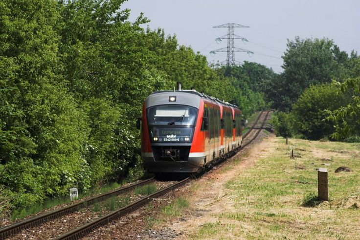 #Desiro triple traction to Esztergom at Aquincum-felső stop in #Budapest, #Hungary: Photo: Christopher Wurm