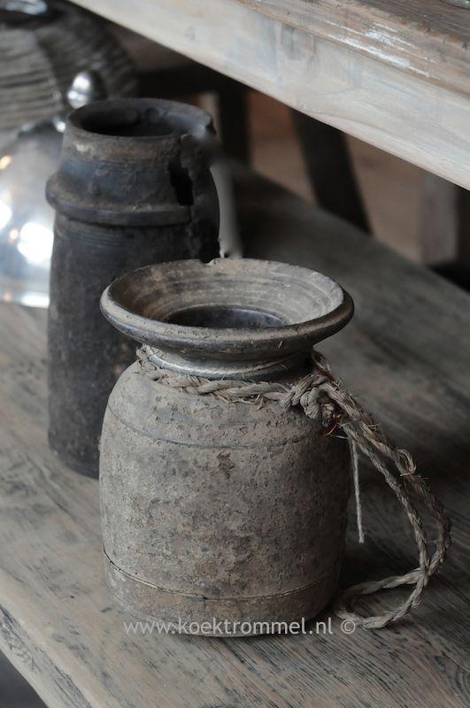 old jugs from Nepal @ De Koektrommel