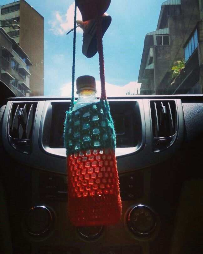9 $ bag for water bottle