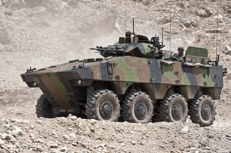 VBCI (Véhicule Blindé de Combat de l'Infanterie). © armée de Terre #VBCI #infanterie