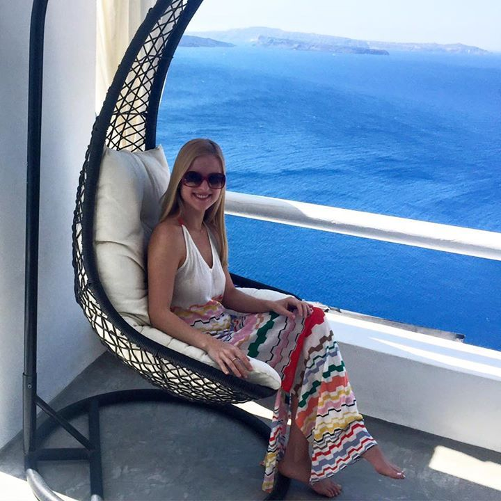 Enjoy every moment of your stay at #ArtMaisons with the best view in #Santorini! Photo credits: Olya Sinitsyna