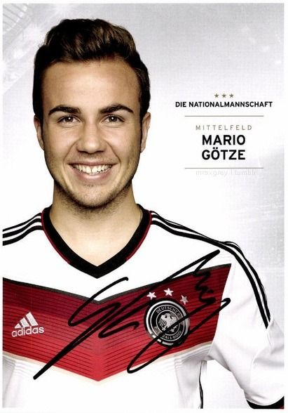 • Mario Götze •