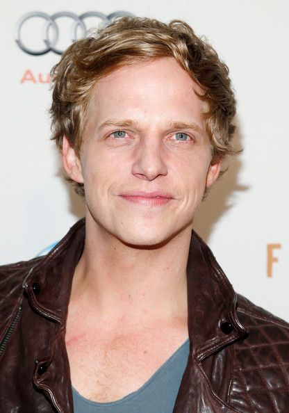 Chris Geere - goofy hot British dude from my new fav show You're the Worst!
