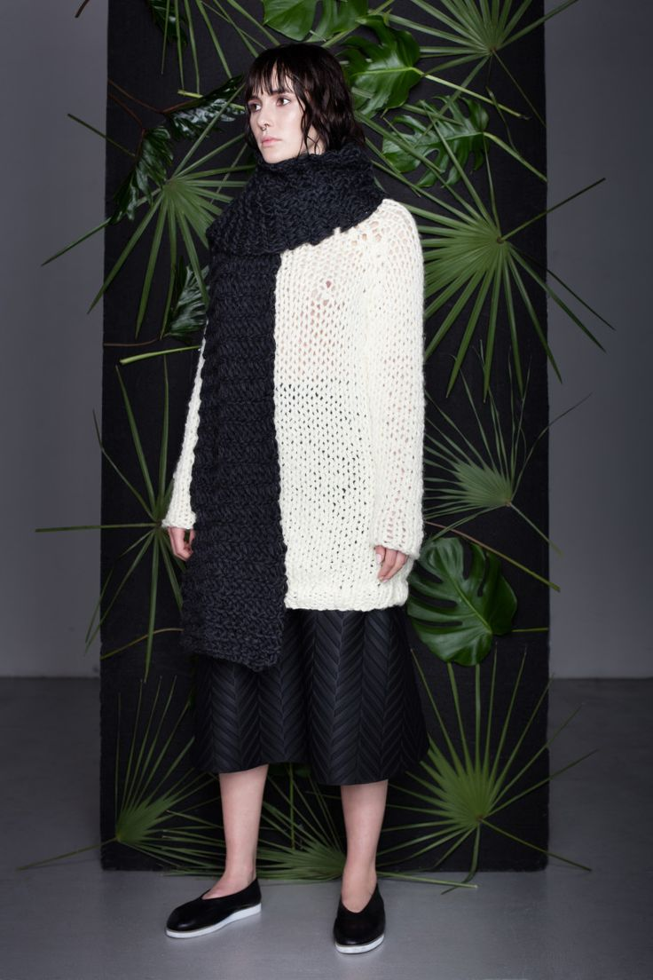 Anna Dudzińska, CONCRETE GREEN, aw2015, sweater NONI, skirt KIMIT, scarf ROI. To download high or low resolution product images view Mondrianista.com (editorial use only).