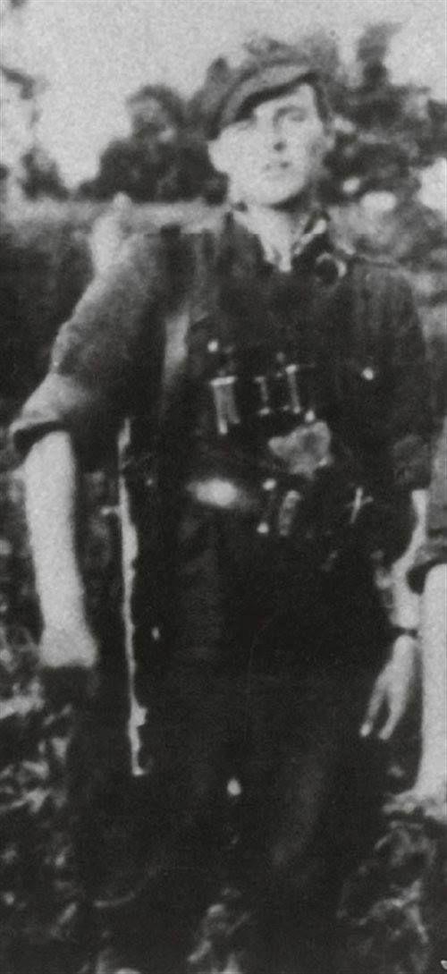"""Ppor. Kazimierz Chmielowski """"Smutny"""", """"Rekin""""."""