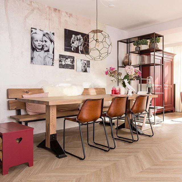 25 beste idee n over rode eetkamers op pinterest rode stoelen ingangs verf en bruine - Deco eetkamer trendy ...