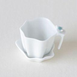 White Porcelain Flower Petal Design Tea Strainer with Saucer