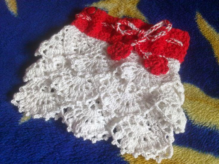 Hainute copii tricotate si crosetate la comanda: Fustita crosetata din bumbac