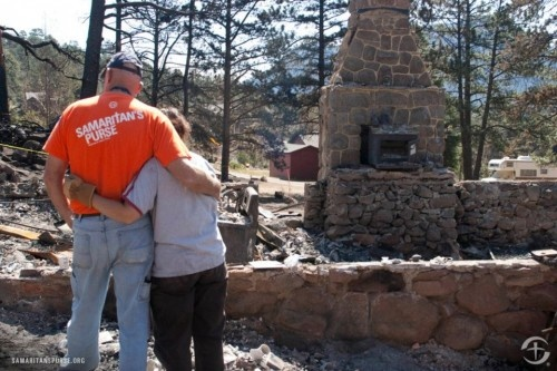 samaritans purse helps victims of high park fire fort collins colorado