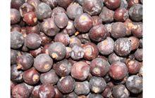 Neben dem klassischen Einsatz als Gewürz für Wildgerichte eignen sich Wacholderbeeren auch für Lamm-, Rind- und Schweinefleischgerichte, zum Würzen von Sauerkraut und Rotkohl. Zerstoßen Sie die Beeren erst unmittelbar vor deren Verwendung. So entfalten die Beeren am besten ihr intensives Aroma. Dosieren Sie vorsichtig.