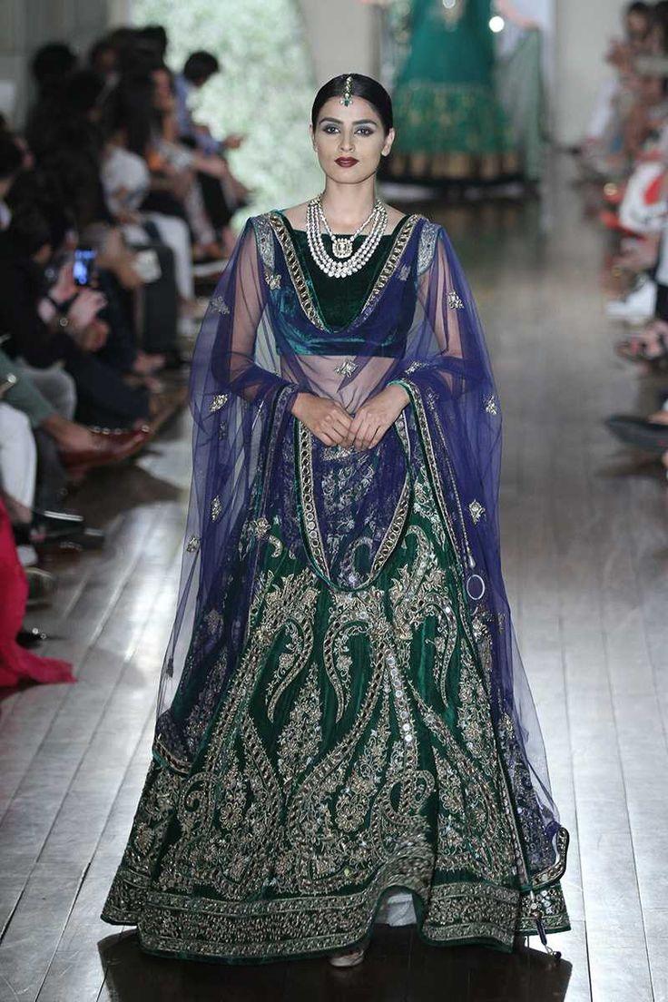 401 best Pakistan Wedding images on Pinterest   Indian dresses ...
