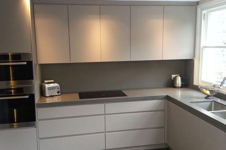 Best Kitchen Work Surface On White Gloss Unit