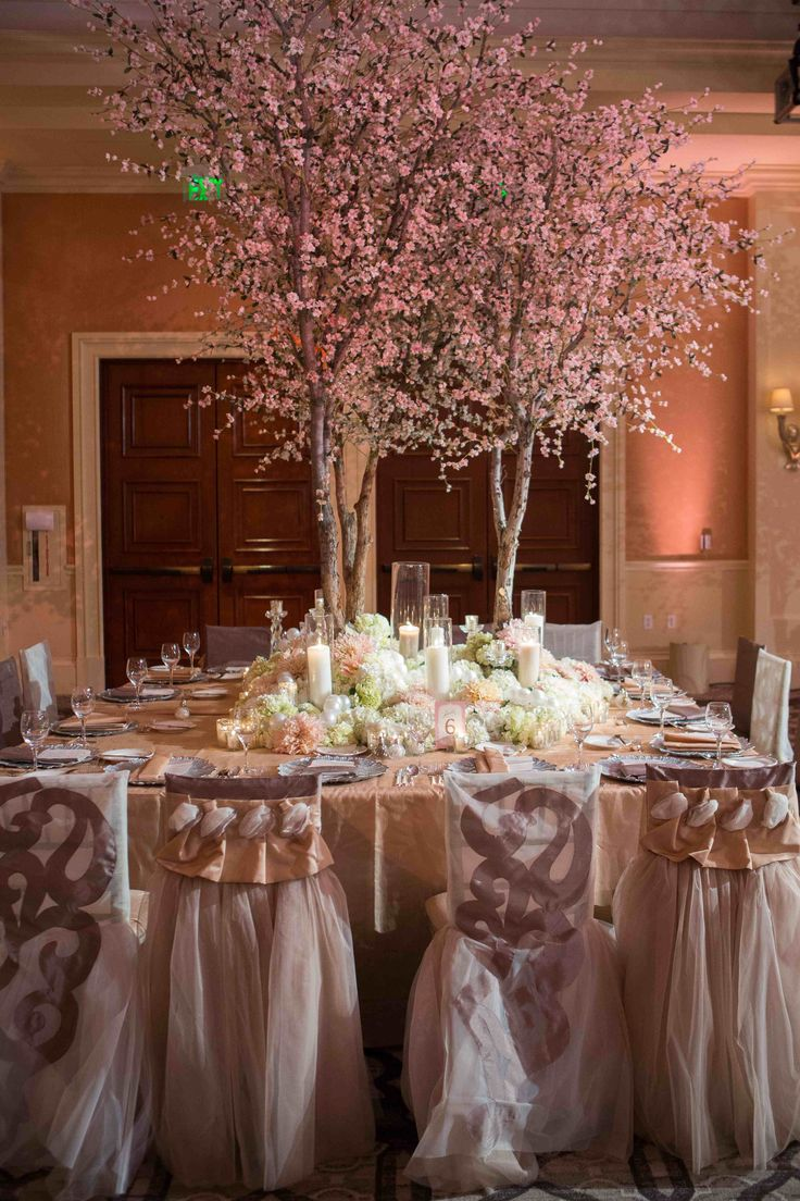 Pink Tree Centerpiece  Photography: Christine Bentley Photography Read More: http://www.insideweddings.com/weddings/tamra-barney-and-edward-judge/471/