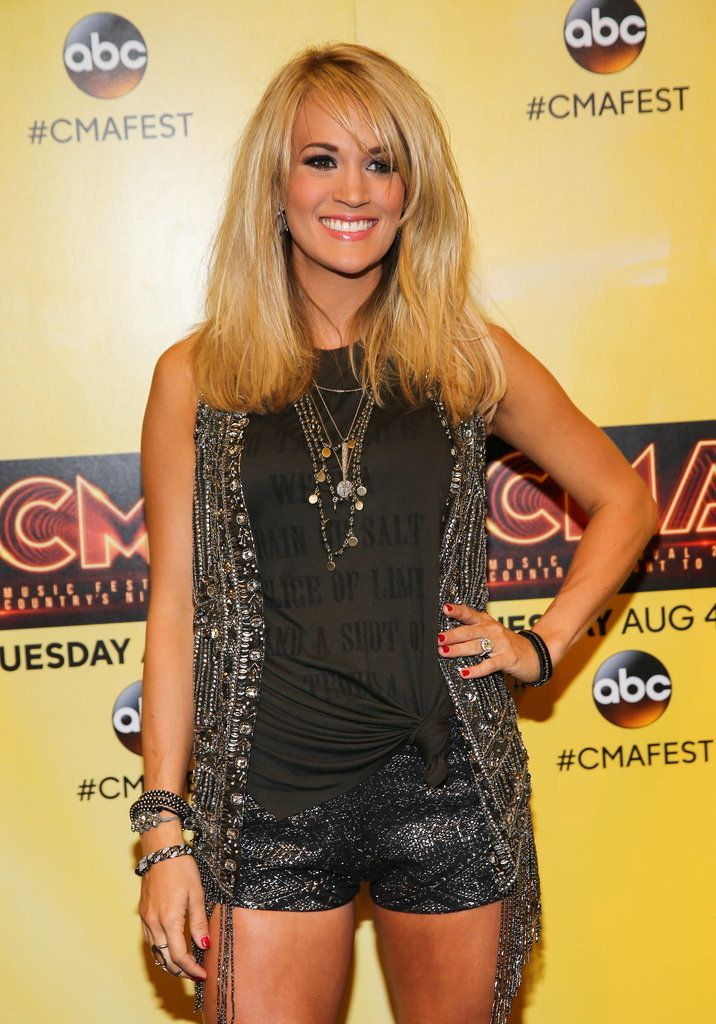 Carrie Underwood traded in cheese for a totally vegan diet. We have to say she looks pretty good.