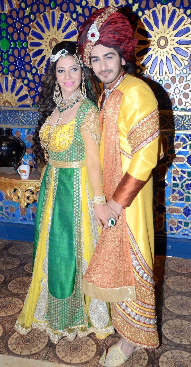 Sambhavna Seth and Ankit Arora on location shoot of TV serial 'Razia Sultan'. #Bollywood #Fashion #Style #Beauty
