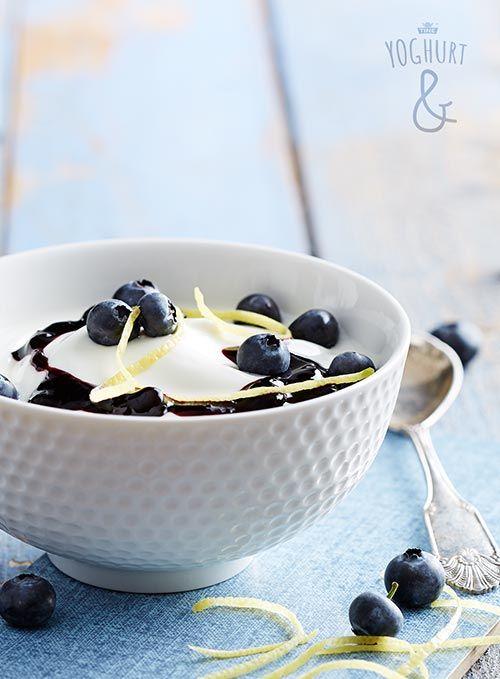 Blåbær & Revet sitronskall - Se flere spennende yoghurtvarianter på yoghurt.no - Et inspirasjonsmagasin for yoghurt.