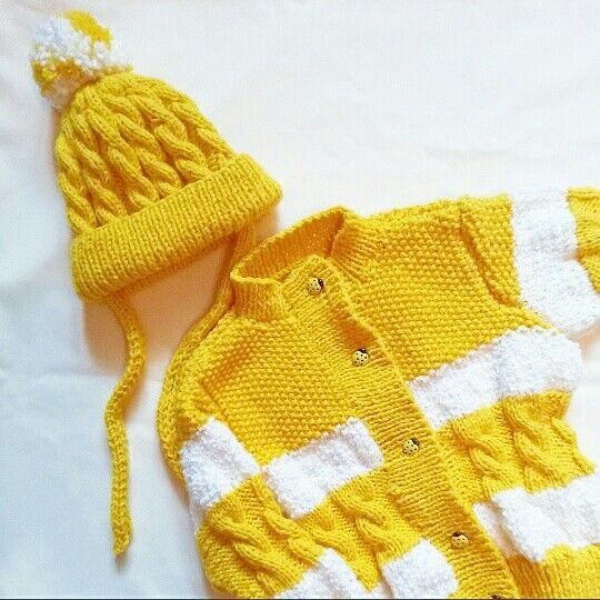 Jacket and knitted cap for girls .