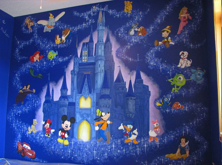 Disney Wall mural for a kids room!  Amazing!! I would so love to paint this myself!!! Wouldn't be hard if you have good tracing/transfer paper :) and good skills