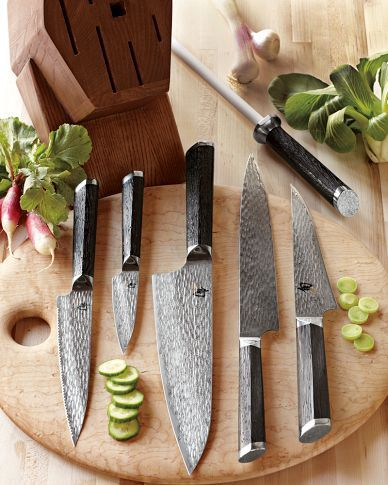 """Shun Fuji 7-Piece Knife Block Set $1,499.95    I like the look of the Shun Fuji, but I want the handle's of the Shun Ken Onion knifes.    Shun Fuji collection won the """"Kitchen Knife of the Year Award"""" at the U.S. 2011 Blade Show for the best in new product quality and design."""