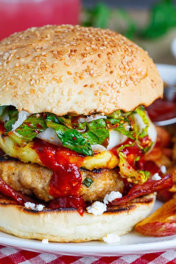 Delicious burger recipes: Korean BBQ Chicken Burgers with Grilled Pineapple and Gochujang BBQ Sauce