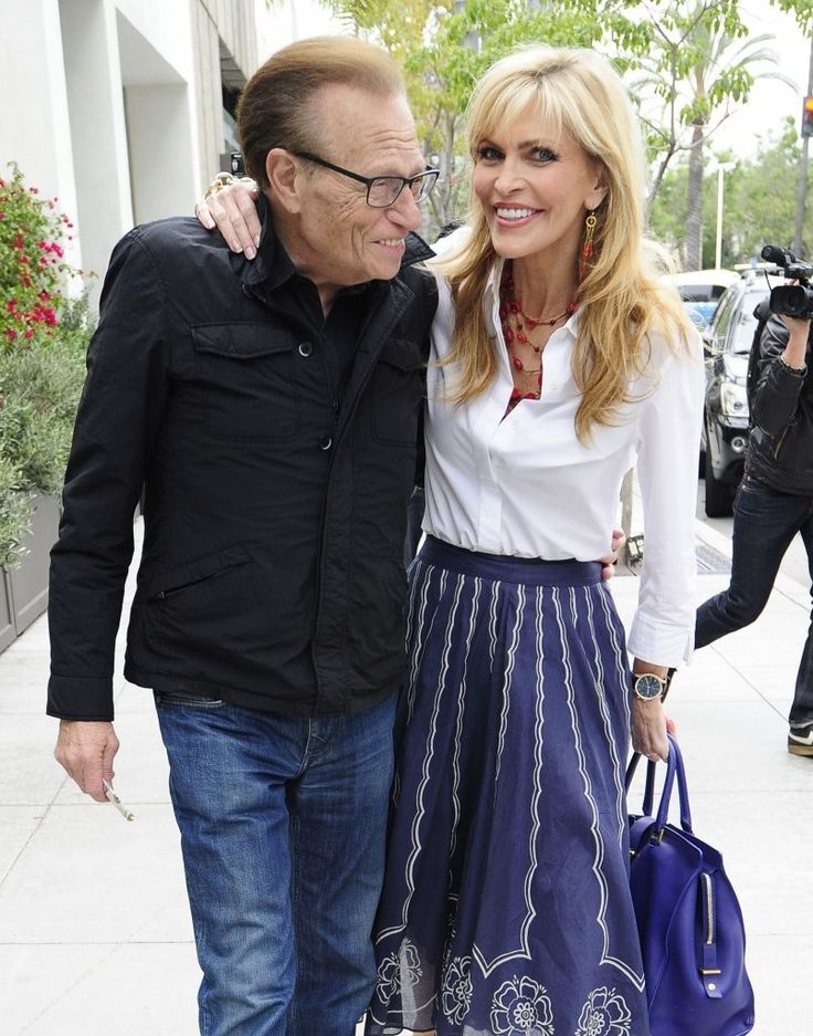 Larry King - Larry King Grabs Lunch with His Wife