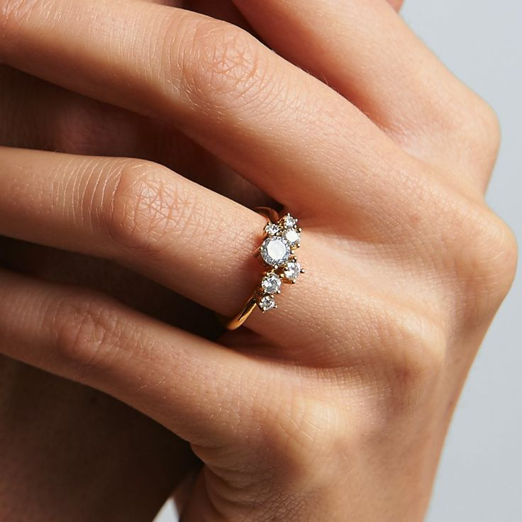 diamond cluster ring in yellow gold - made by 27JEWELRY
