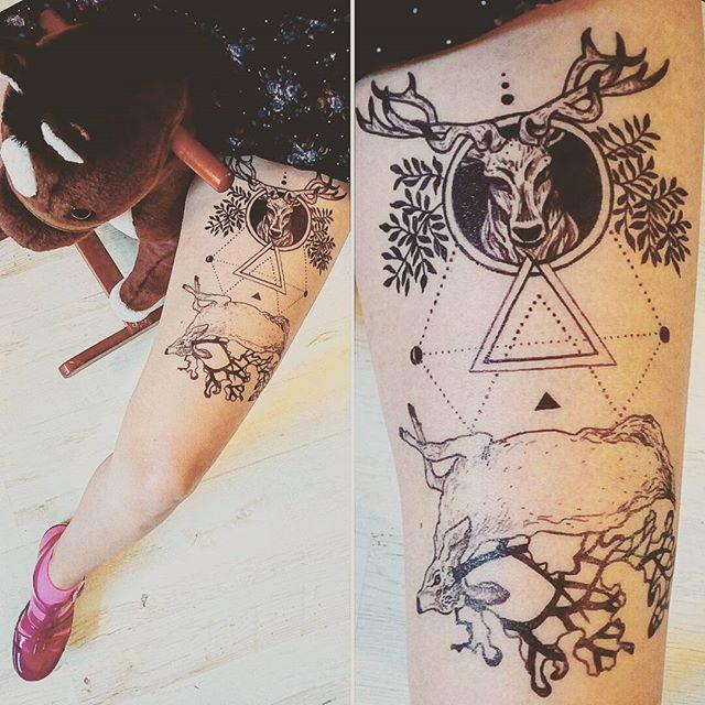 #blackink #tattoosforwomen #tattoo #blacktattoo #freehandsketch #deaddeer #deer #everythingwithlove #semipermanenttattoo #inkonfeet #inkorgy