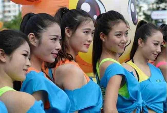 अपने कर्मचारियों को खुश करने के लिए इस कंपनी ने हायर की हैं #CheerLeaders  http://www.jagran.com/news/oddnews-china-company-hire-cheer-leaders-to-motivate-employee-14063879.html   #China #Motivate #Employee #TechCompany #PingPong