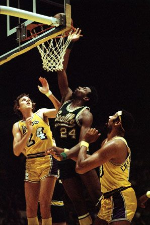 haywood1.jpg (298×447); Spencer Haywood of the 70's Supersonics.