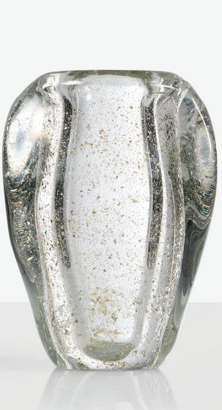 André Thuret VASE, VERS 1950 A GLASS VASE WITH METALLIC INCLUSIONS, CIRCA 1950. SIGNED