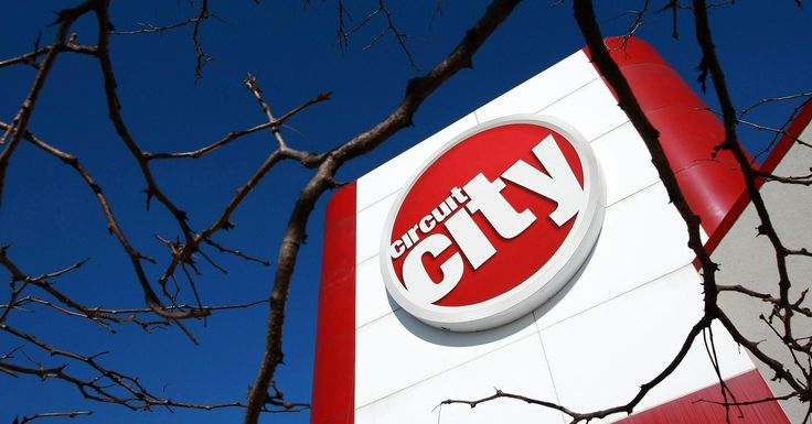 Circuit City is getting back into the retail business and will open its first new store since filing for bankruptcy in 2008 in June of this year.