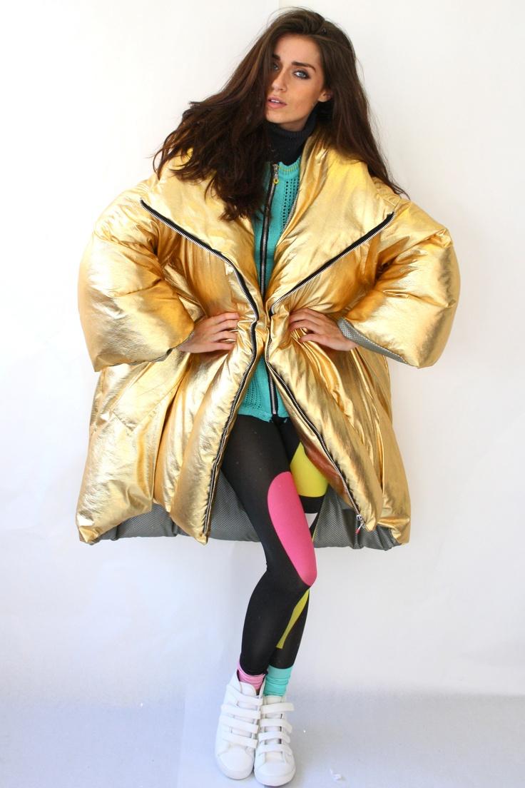Puffa coat, Gold, sport fashion, Anna Fieldhouse, graduate collection, mmu