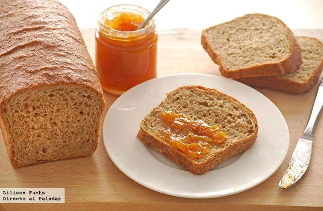 Receta de pan de molde integral sencillo. Con fotografías del paso a paso, consejos y sugerencias de degustación. Recetas de panes. Desayunos y meriendas