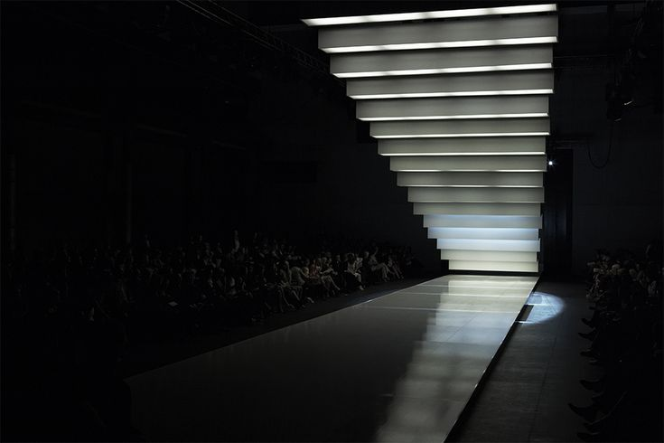 Gloss Creative | Myer | SS07 Runway #glosscreative #myer #runway #visualmerchandising #setdesign #catwalk #fashionparade #events #installation #productlaunch