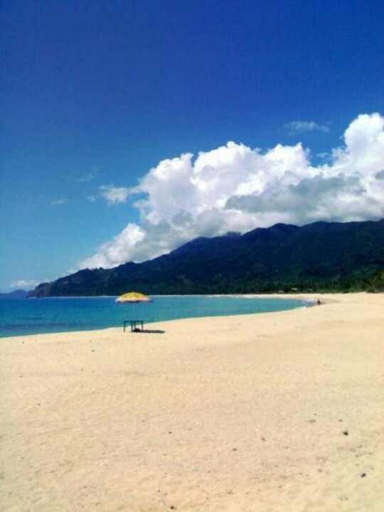 I took this photo on a mobile device only - year 2008. Dinadiawan Beach, Philippines
