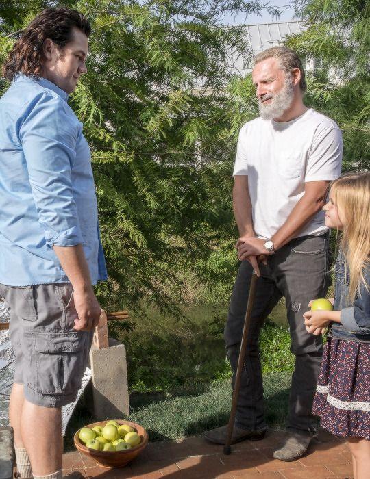 Rick Grimes and Judith Grimes The Walking Dead Season 8 Episode 9 | Honor