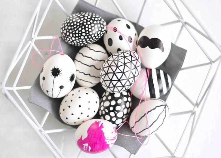 DIY - Ostereier schwarz weiß - einfach mit Edding oder schwarzem Lackstift bemalt - super einfach und wunderschön // DIY - easter eggs - black and white