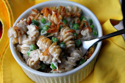 Tuna noodle casserole- I want to try this!