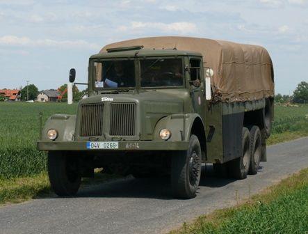 TATRA T111