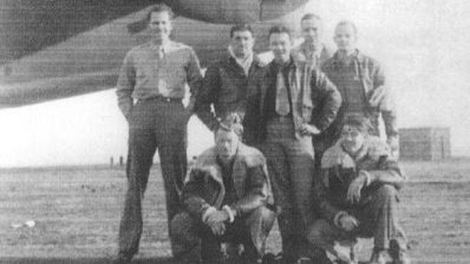 Biliyor muydun ? /// II. Dünya Savaşı'nda Ankara'ya Zorunlu İniş Yapan ABD Pilotlarının Başından Geçen Film Gibi Hikaye