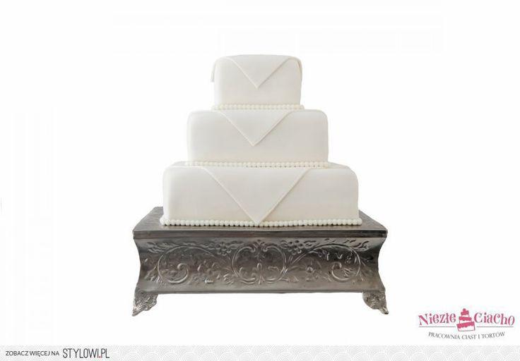 Biały tort weselny, kwadratowy, piętrowy tort weselny, wesele, styl angielski, Tarnów