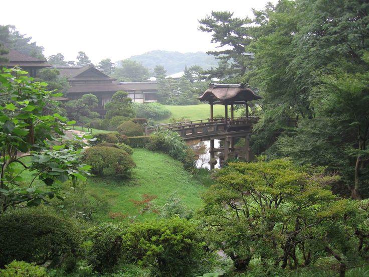 Japanse tuin met vijver.