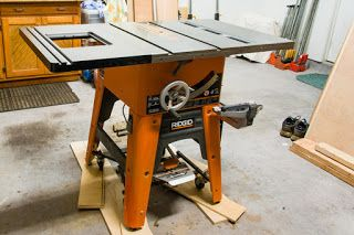 A slick mating of a fabulously flat cast iron router table for 10 cast iron table saw ridgid
