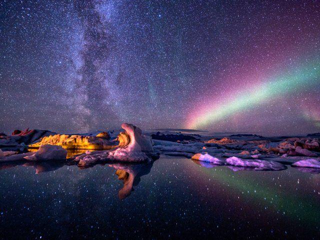 Aurora Borealis, Jokulsarlon Glacial Lagoon, Iceland  Seth Resnick / SuperStock